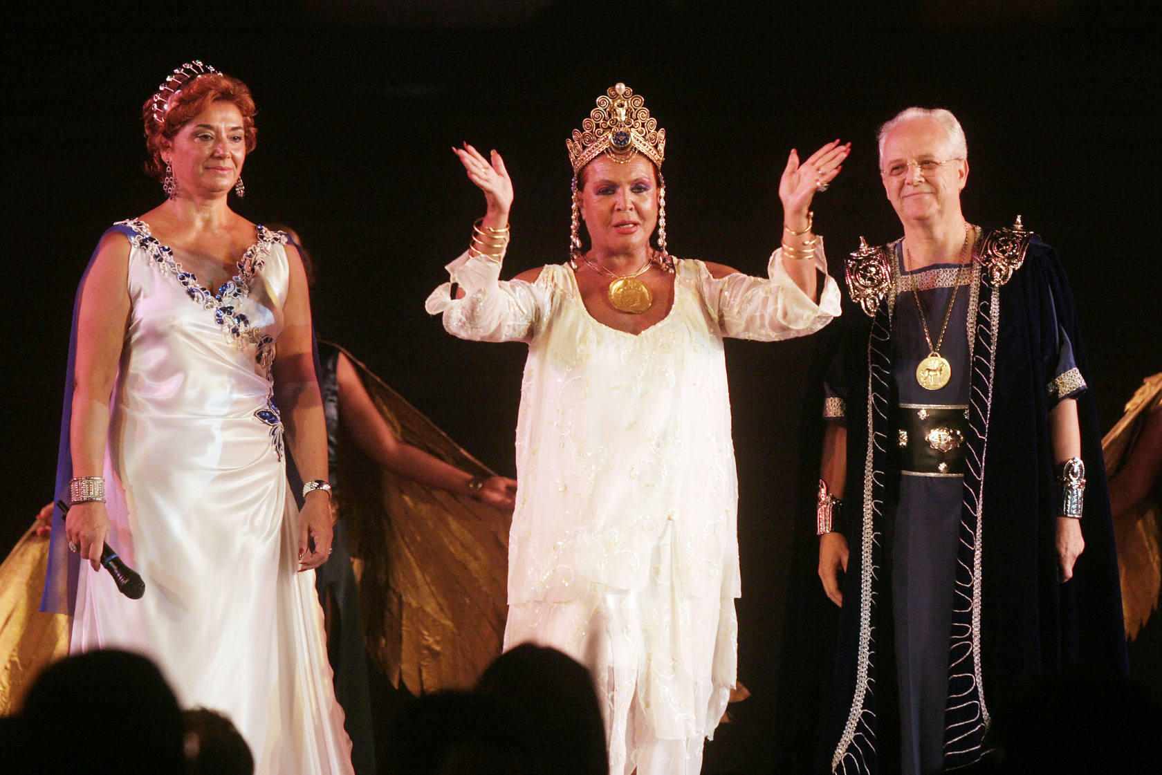 Sara Montiel, Gran Dama de Carthago en 2004
