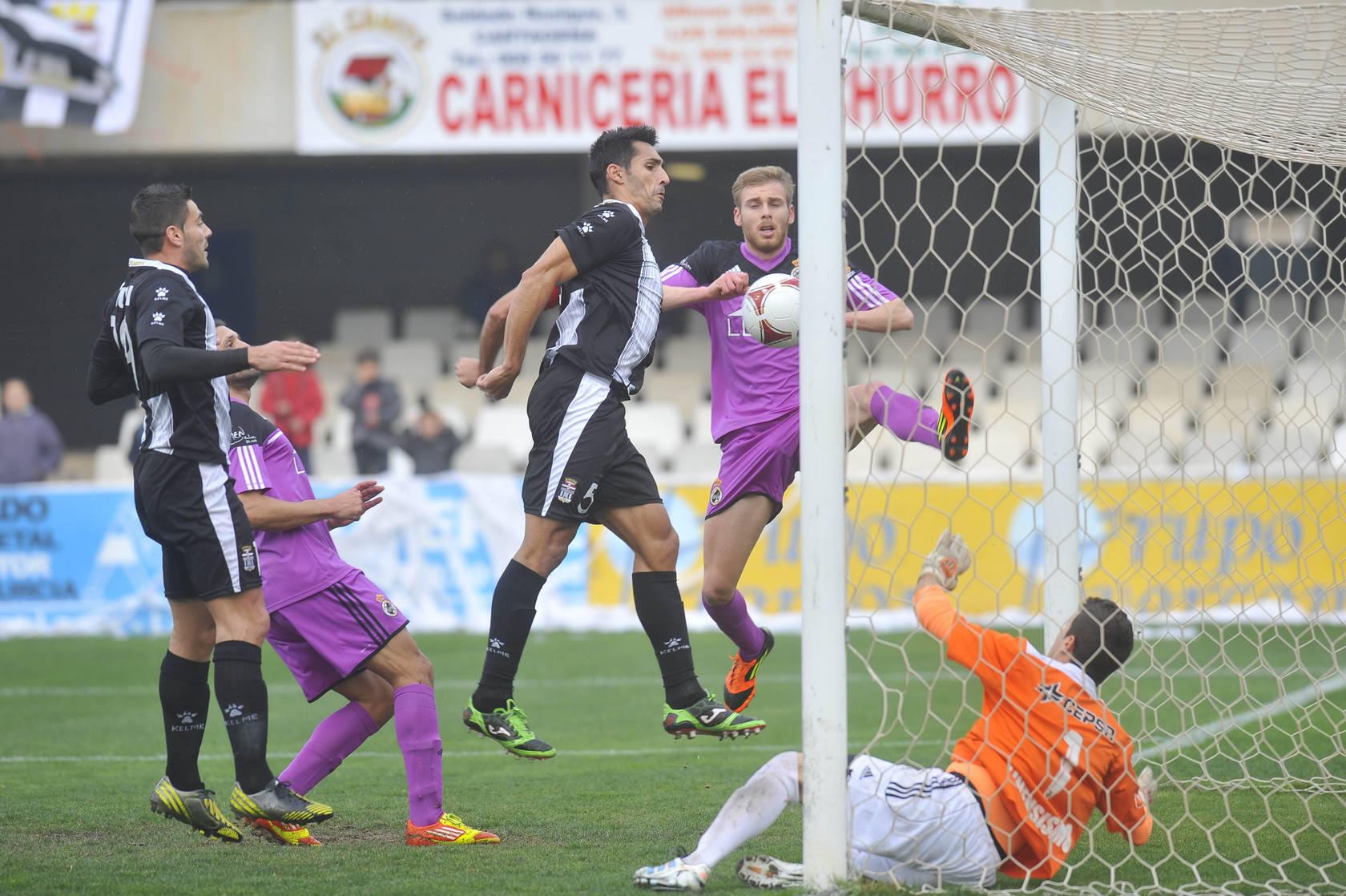 FC Cartagena - Linense (2-0)