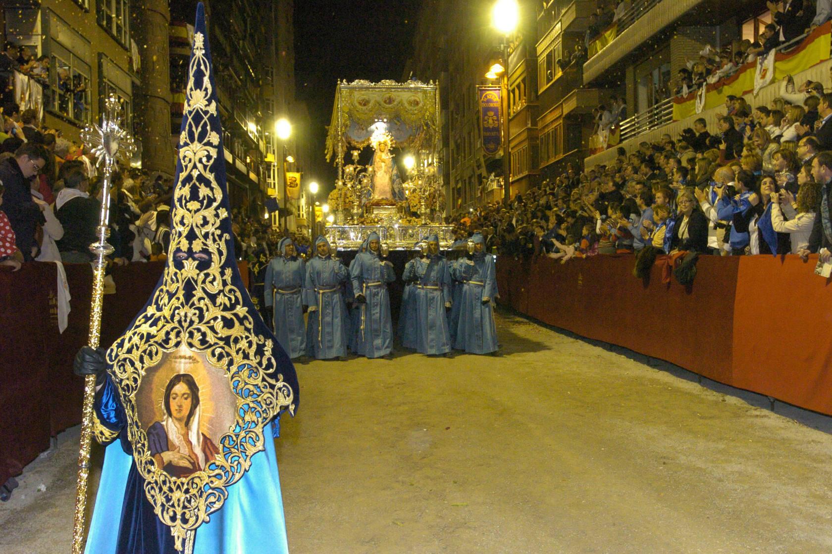 La procesión 'azul' del Viernes Santo lorquino
