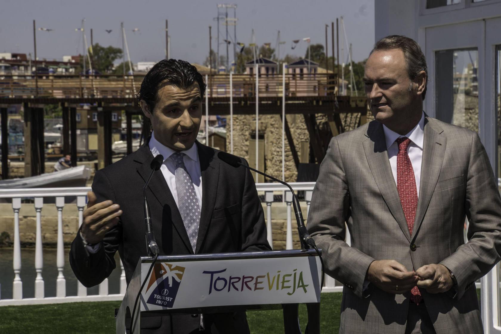 Inauguración de la nueva oficina Tourist Info de Torrevieja