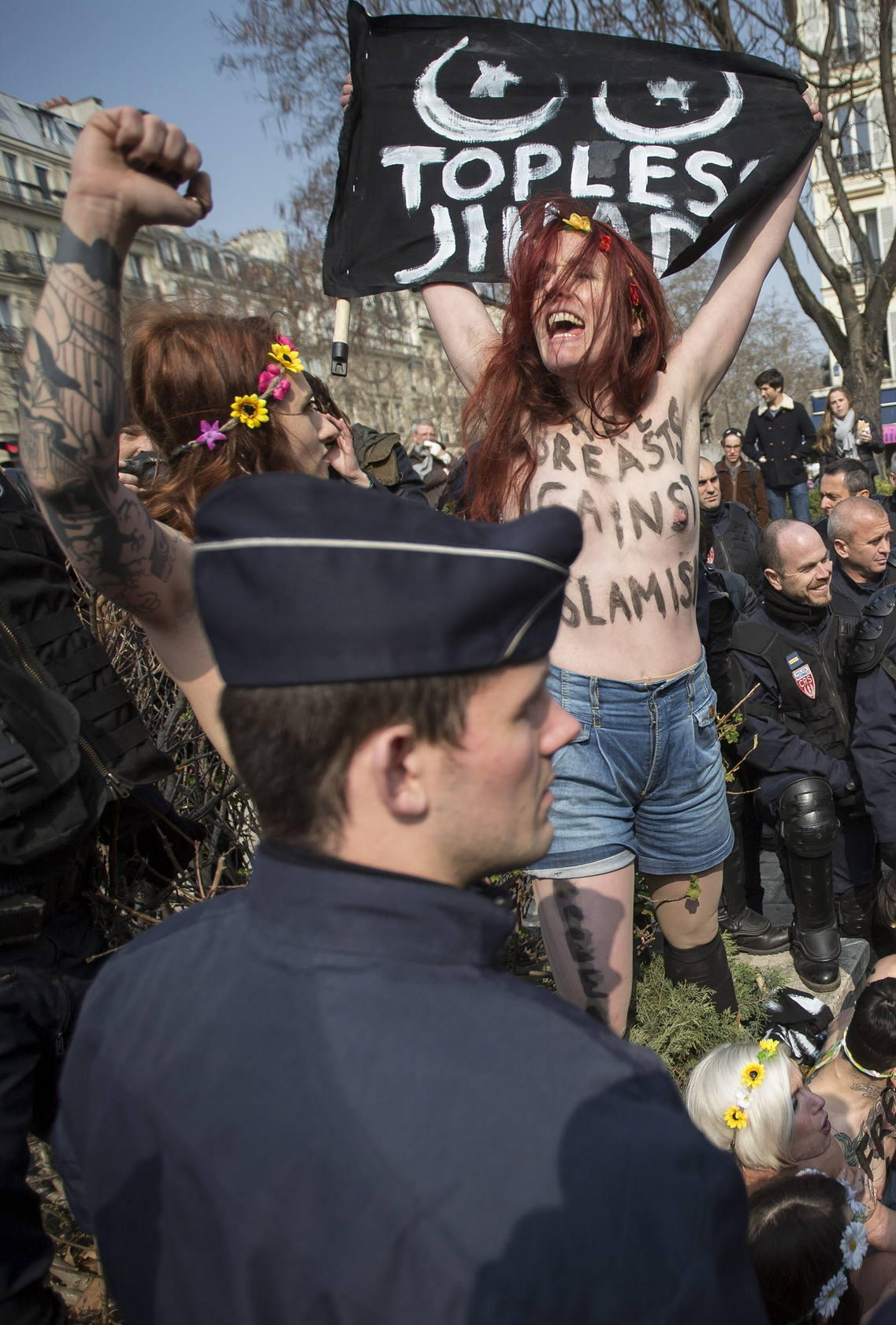 Femen celebra el &quot;D&iacute;a Internacional de la Yihad en topless&quot;