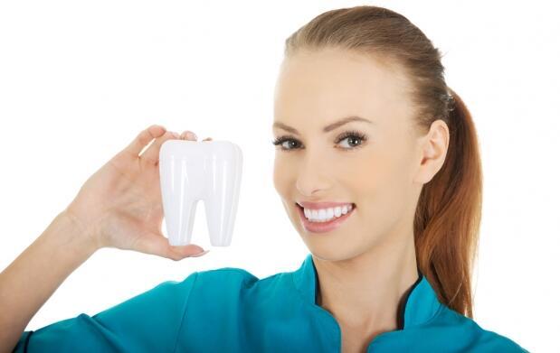 Limpieza dental con ultrasonidos y radiografía
