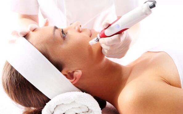 Limpieza facial con Dermapen y más