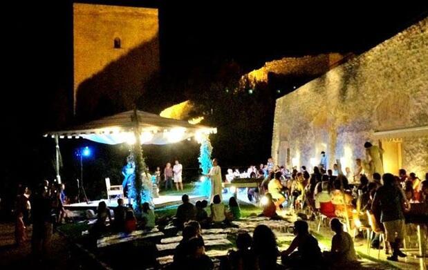 Lluvia de estrellas en castillo de Lorca