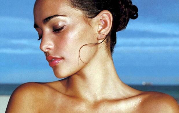 Renovación facial, adiós a manchas o acné