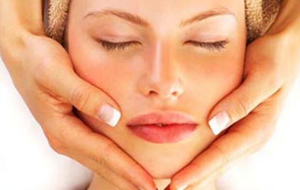 2 tratamientos faciales post-verano 35€