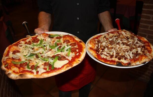 Pizza a elegir por 3€ en O Mamma Mia
