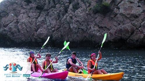 2 horas en kayak con monitor por la costa de Águilas