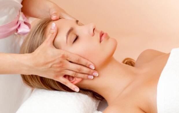 Fotorejuvenecimiento, mascarilla y masaje