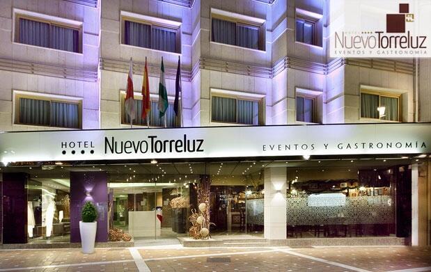 Noche y desayuno para 2 en Almería