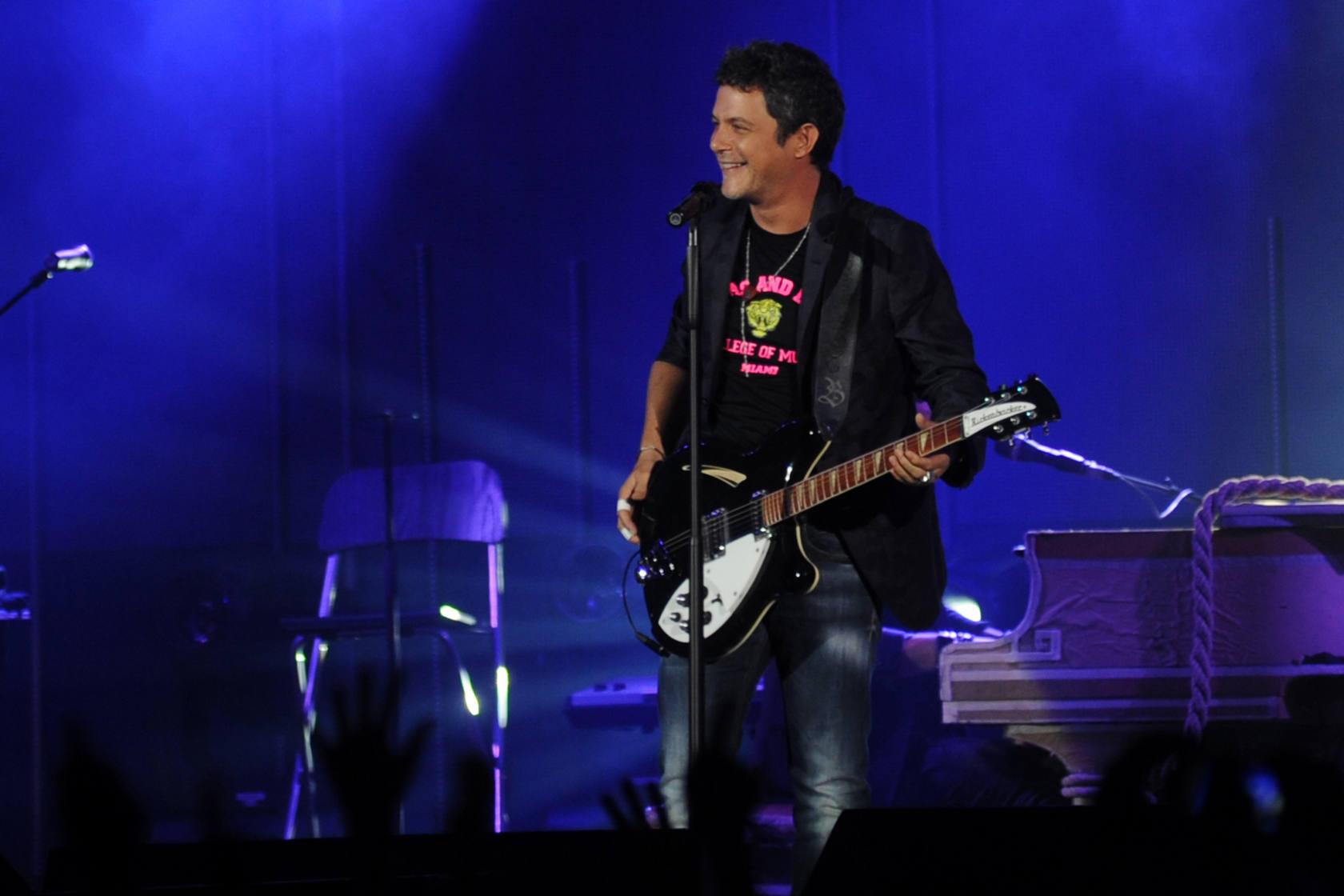Alejandro Sanz lleva su gira 'La música no se toca' a Murcia