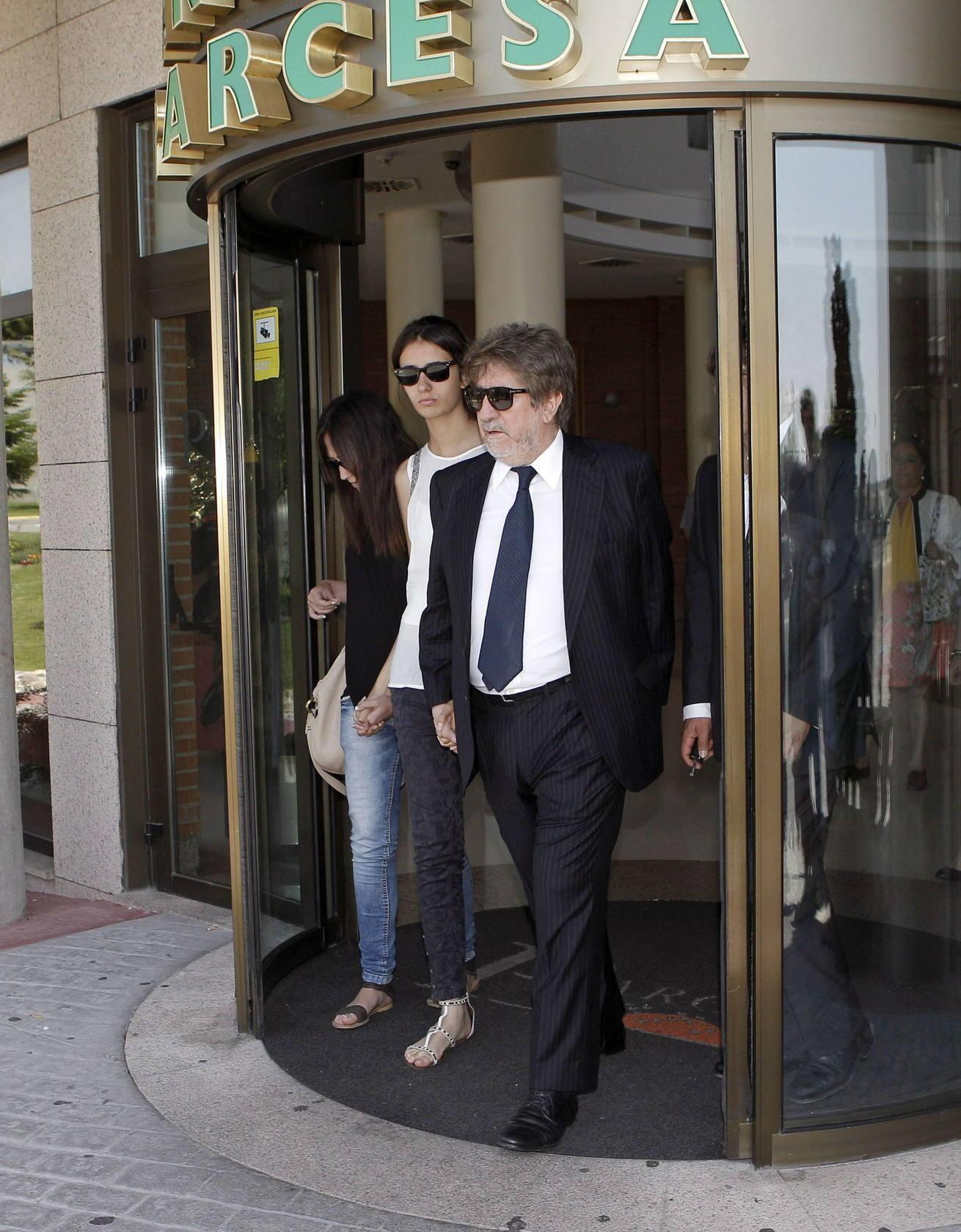 Familiares y amigos despiden a Concha García Campoy