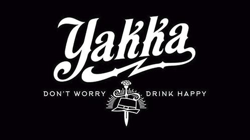 Yakka: visita a la fábrica, aperitivo y barra libre de cerveza en Tap Room Bar