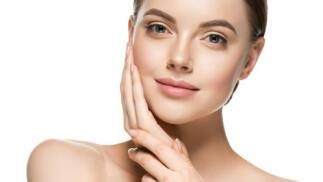 Microdermoabrasión facial con punta de diamante