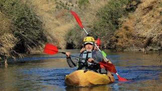 Kayak en parajes naturales con reportaje fotográfico
