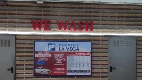 ¡Black Friday en tu lavado Deluxe de coche!