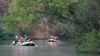Rafting en el Cañón de Almadenes con visita a dos cuevas y reportaje fotográfico
