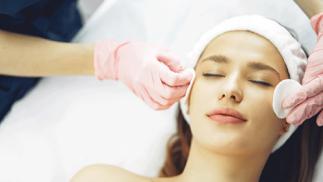 """Tratamiento facial """"Deep cleansing"""" con distintas opciones"""