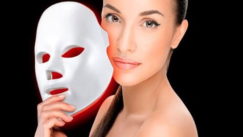 Sesión de máscara Led en Ananda Esthetique
