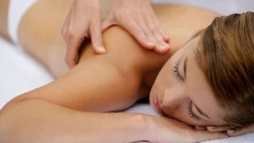 Masaje relajante con aceites ensenciales