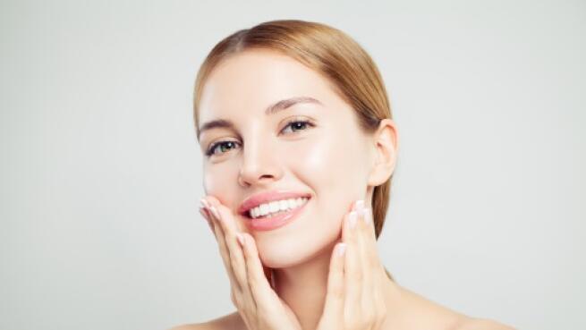 HIFU ultralifting en una zona de la cara o cara y cuello