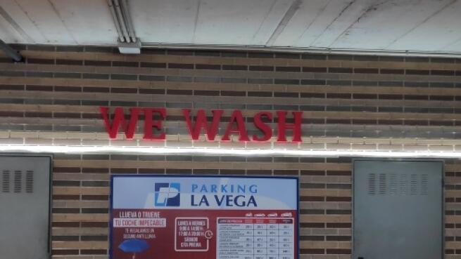 Wewash Cartagena: completo lavado integral a mano interior y exterior con tapicería